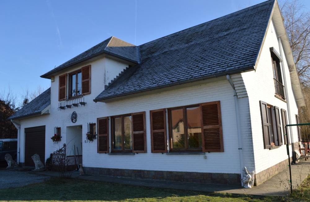 Immobili re blue marine classifications maisons vendre for Achat maison neuve brabant wallon